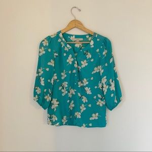 LOFT BLUE FLORAL BLOUSE SIZE SMALL LIKE NEW